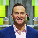 "Clinton Kelly hosts ""Spring Baking Championship"""